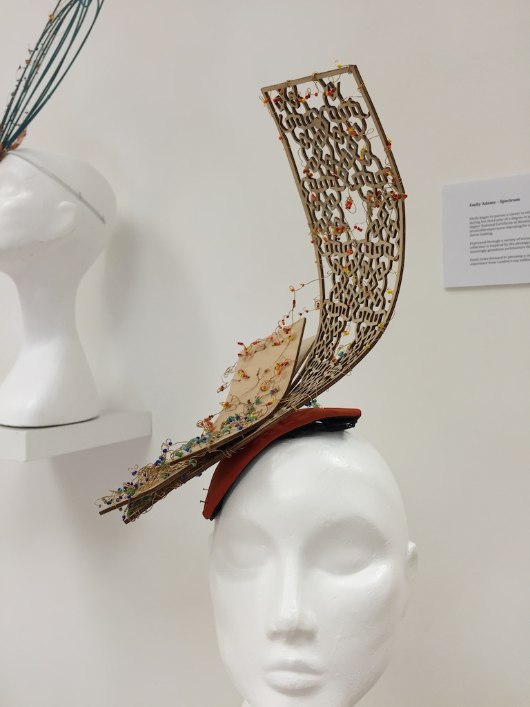 feathers hattin 39 around leanne fredrick millinery. Black Bedroom Furniture Sets. Home Design Ideas